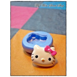 Moule Hello Kitty - 16mm