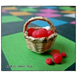 Tiny round basket