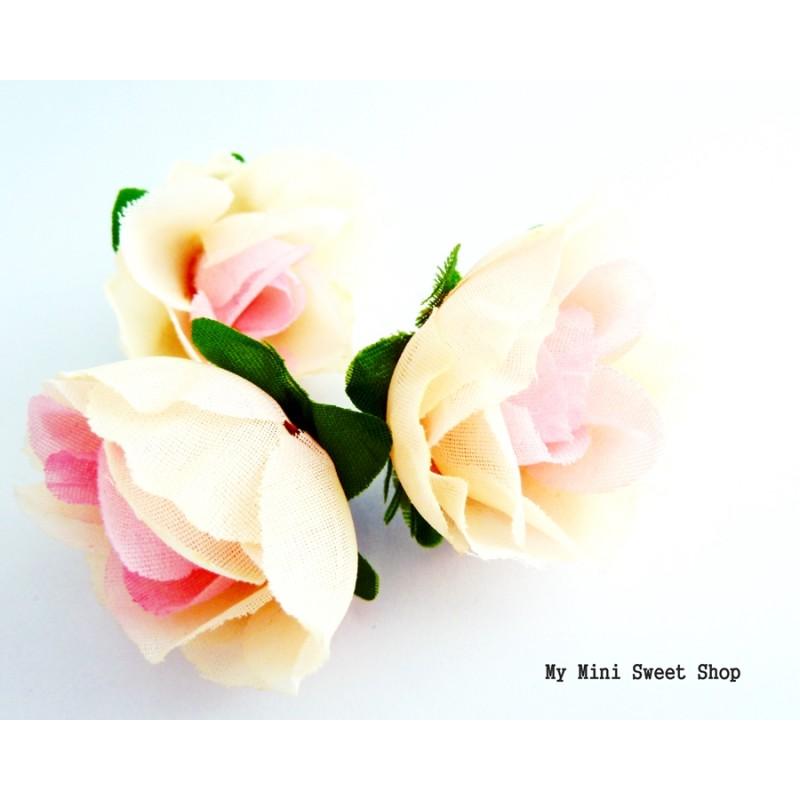 fleur en tissu rose rose 4cm. Black Bedroom Furniture Sets. Home Design Ideas