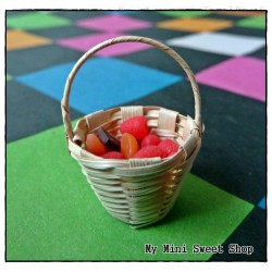 Pequeña cesta